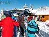 Skieurs  au départ des remontées mécaniques