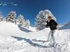 Skieuse sur la piste
