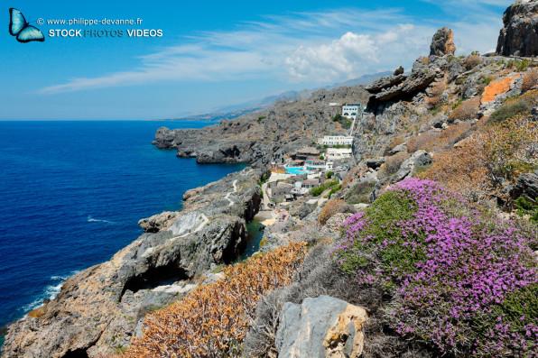 Côte sauvage au sud de l'île de Crète, Grèce siuté proche de Plakias