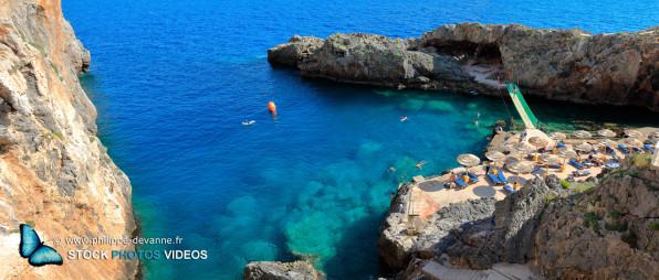 Crique de rêve pour la baignade et la plongée au sud de la Crète,