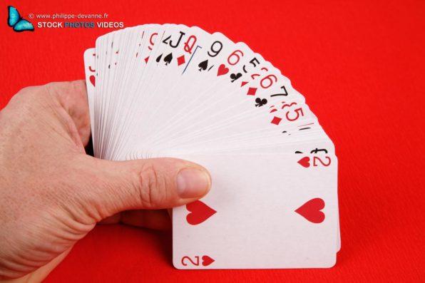 Jeux de carte et une main